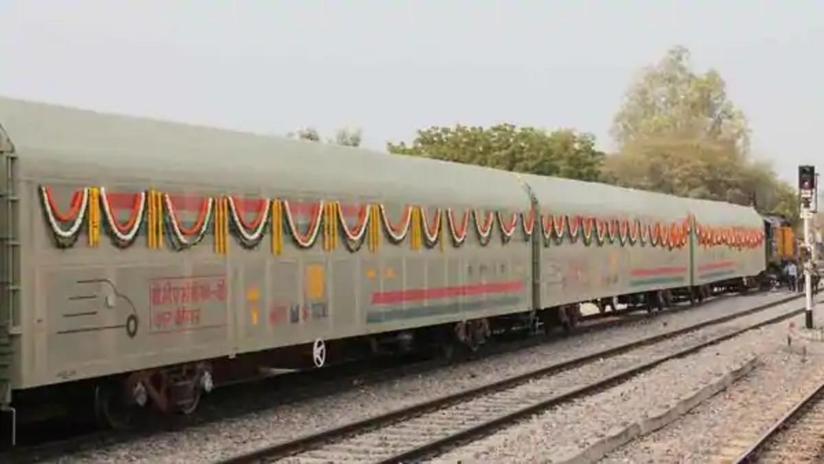 1.78 lakh units in 2019: Why Maruti is betting big on railways to ...