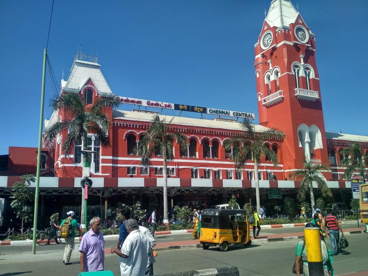 Trains to MGR Chennai Station - 109 Arrivals SR/Southern